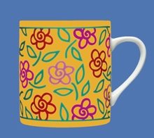 FLOWERS YELLOW MUG